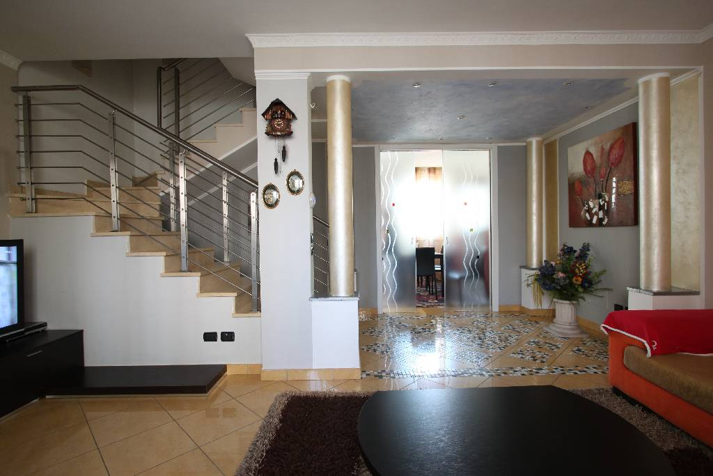 Villa a Schiera in vendita a Treviglio, 4 locali, prezzo € 265.000 | PortaleAgenzieImmobiliari.it