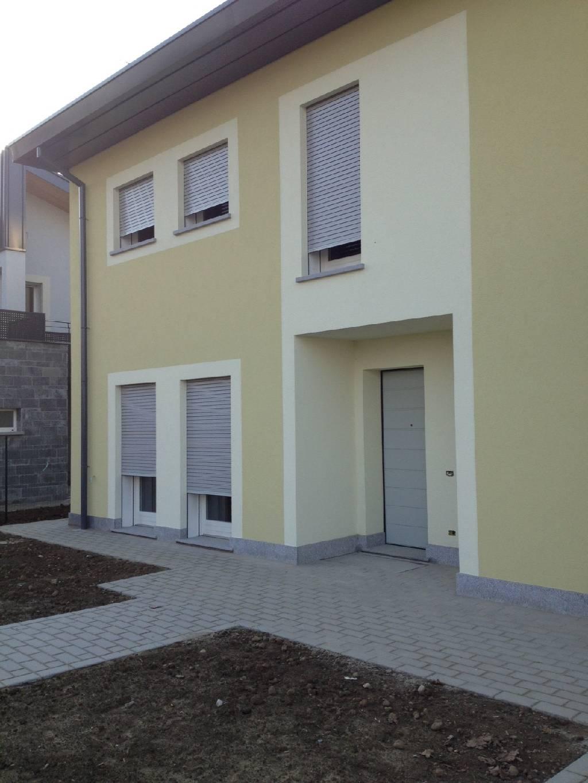 Villa in vendita a Trescore Cremasco, 4 locali, prezzo € 450.000 | CambioCasa.it