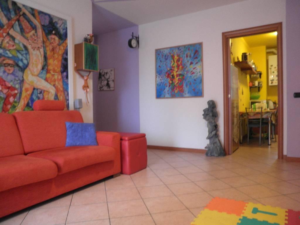 Appartamento in vendita a Treviglio, 3 locali, prezzo € 149.500 | Cambio Casa.it