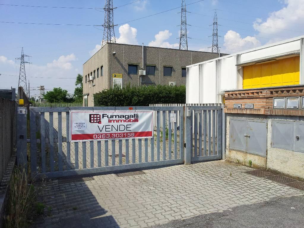Capannone in vendita a Treviglio, 9999 locali, prezzo € 360.000 | Cambio Casa.it