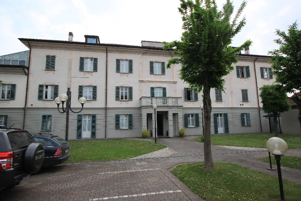 Ufficio / Studio in affitto a Treviglio, 3 locali, prezzo € 850 | PortaleAgenzieImmobiliari.it