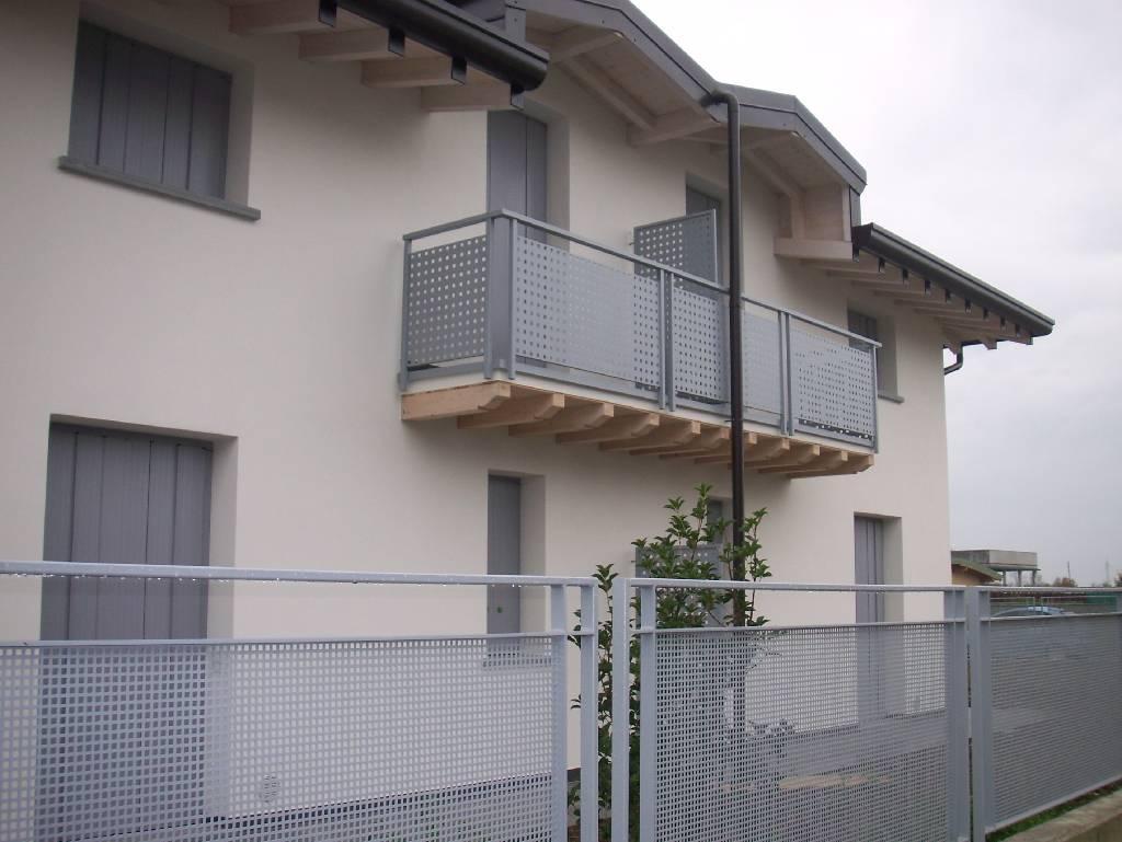 Villa a Schiera in Vendita a Ciserano