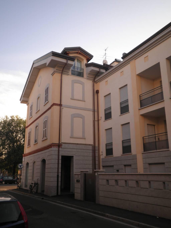 Negozio / Locale in vendita a Treviglio, 9999 locali, Trattative riservate | CambioCasa.it
