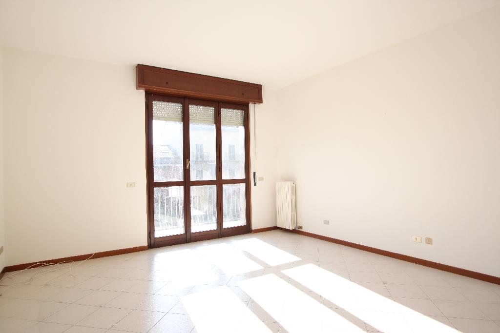 Appartamento in vendita a Gessate, 3 locali, prezzo € 158.000 | Cambio Casa.it