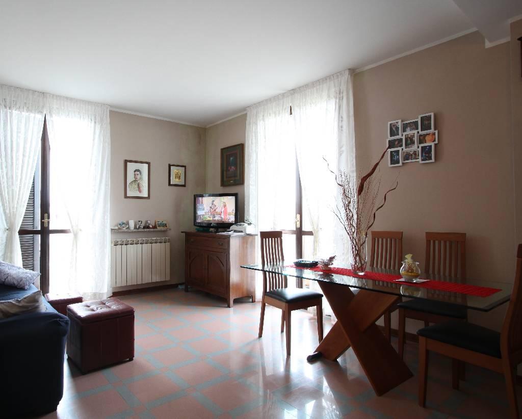 Appartamento in affitto a Misano di Gera d'Adda, 4 locali, prezzo € 600 | Cambio Casa.it