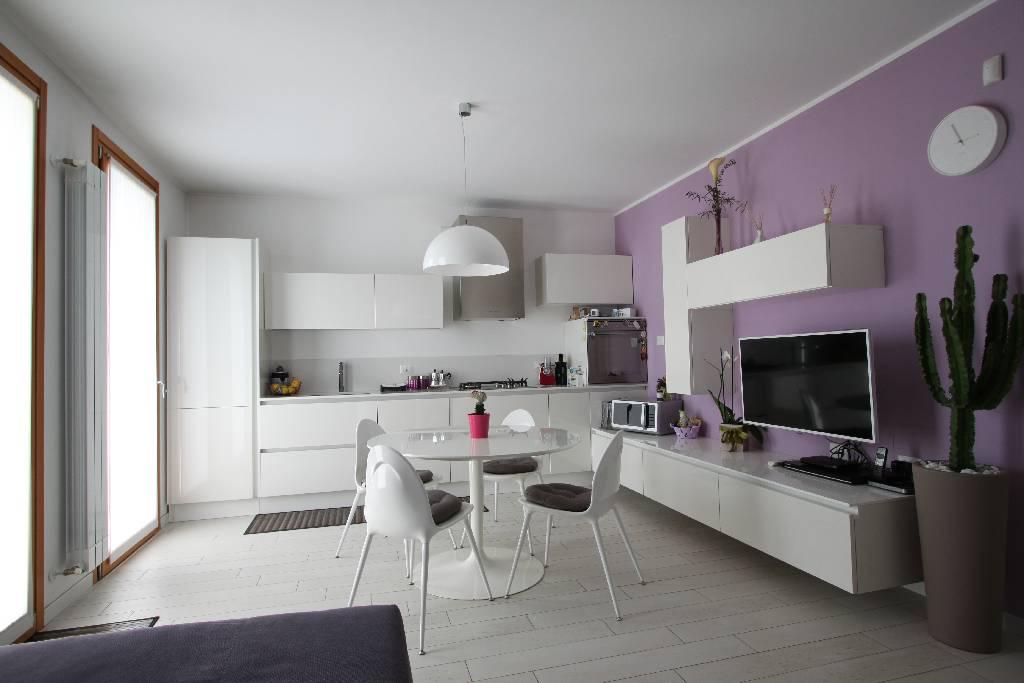 Appartamento in vendita a Pagazzano, 2 locali, prezzo € 120.000 | Cambio Casa.it