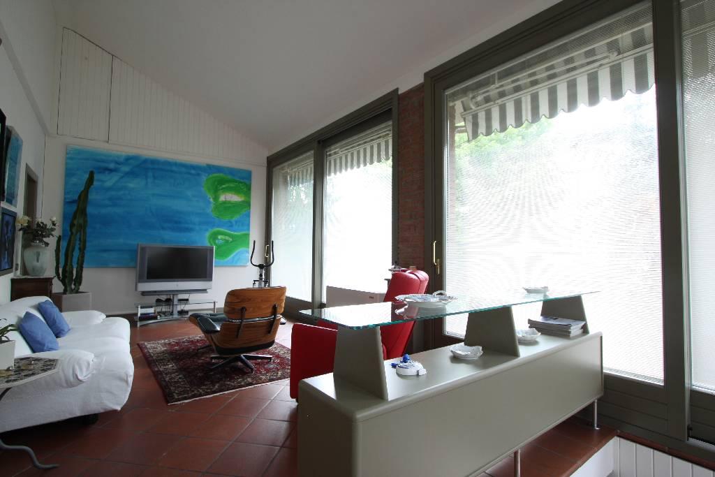 Soluzione Indipendente in vendita a Treviglio, 5 locali, Trattative riservate | Cambio Casa.it