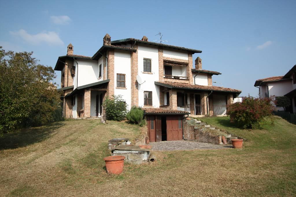 Villa in vendita a Misano di Gera d'Adda, 6 locali, prezzo € 410.000 | Cambio Casa.it