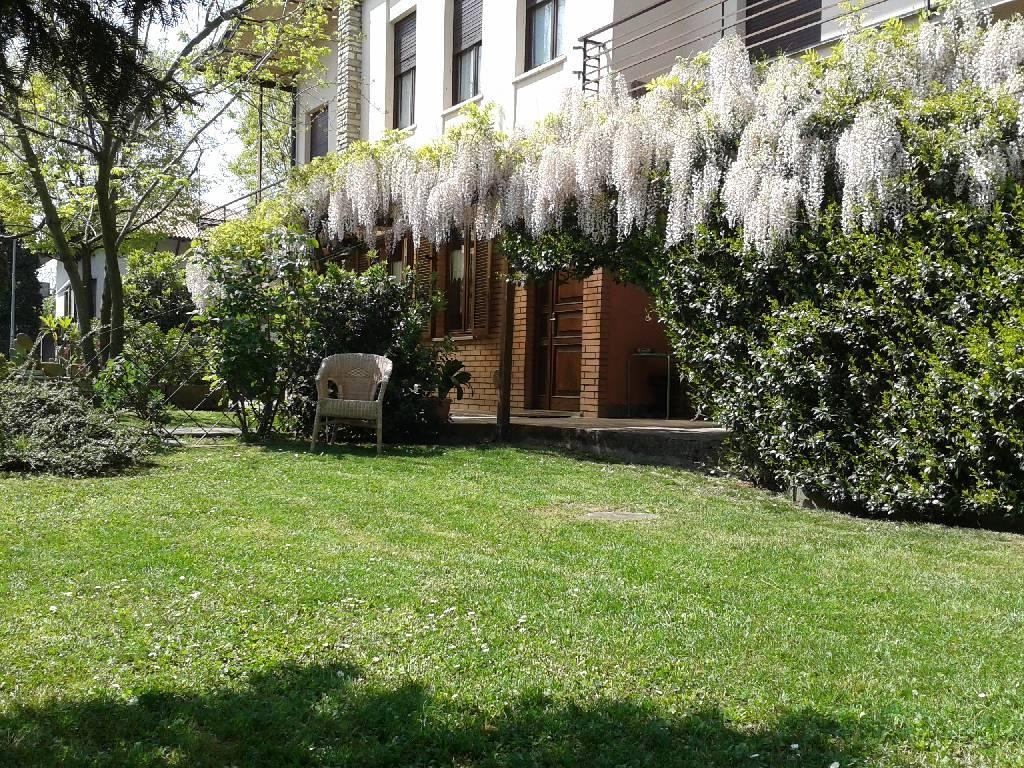 Villa in vendita a Treviglio, 9 locali, Trattative riservate | Cambio Casa.it