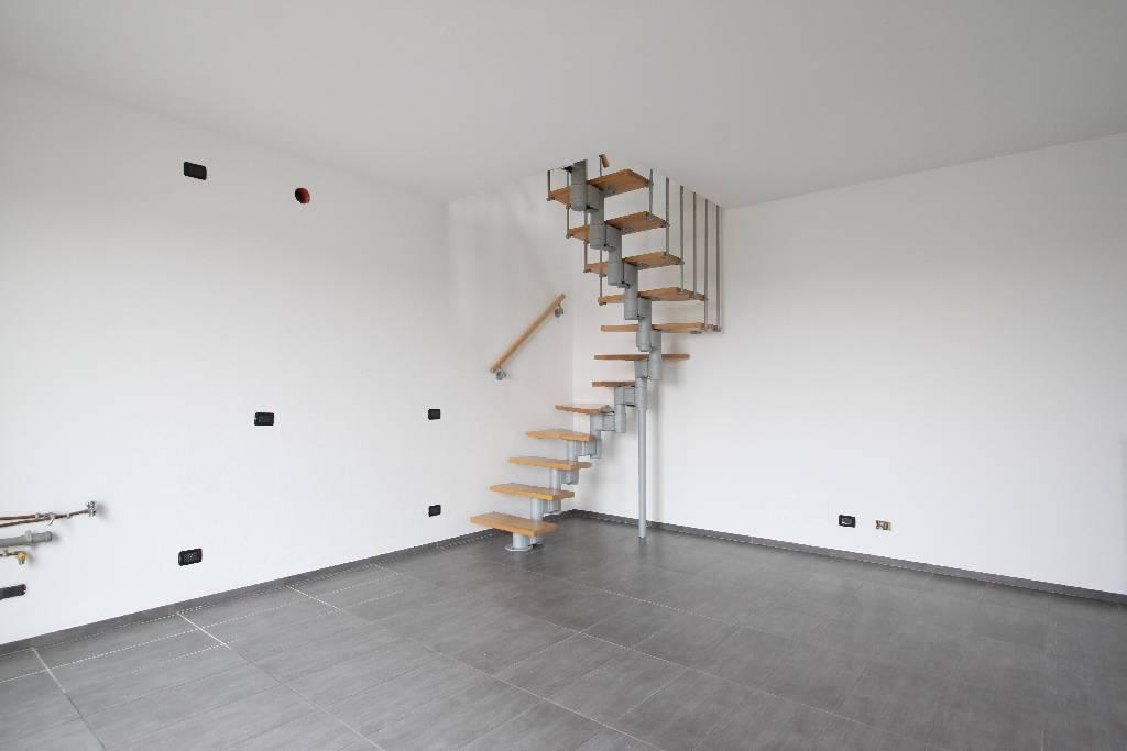Appartamento in vendita a Brignano Gera d'Adda, 2 locali, prezzo € 115.000 | Cambio Casa.it
