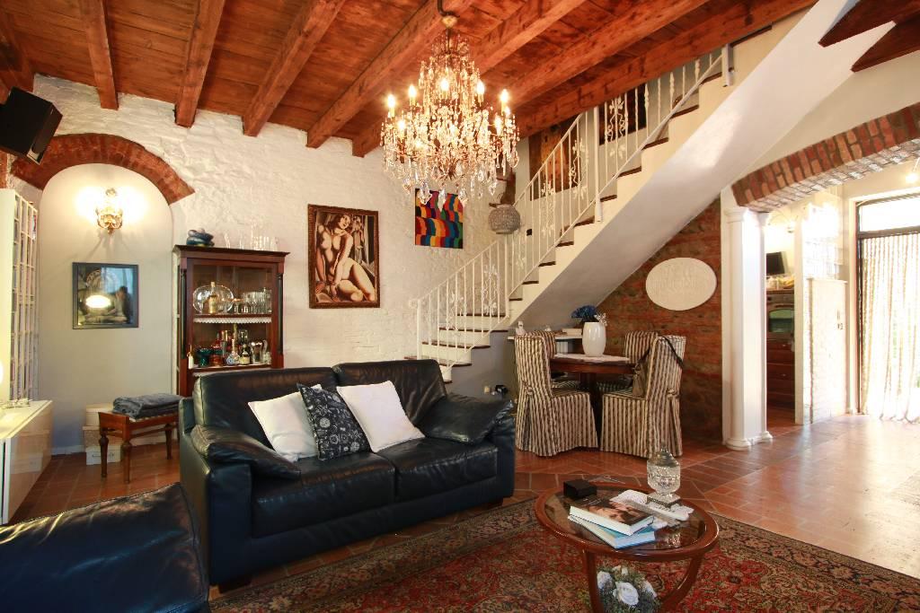 Soluzione Indipendente in vendita a Pagazzano, 5 locali, prezzo € 236.000 | Cambio Casa.it