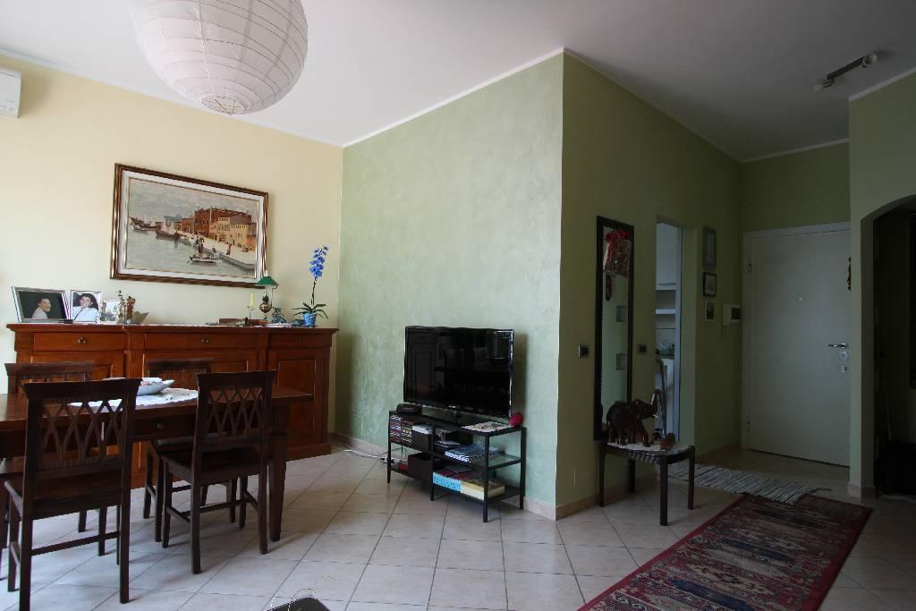 Appartamento in vendita a Treviglio, 3 locali, prezzo € 173.000 | Cambio Casa.it