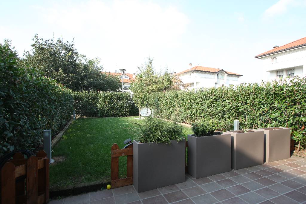Villa a Schiera in Vendita a Calvenzano