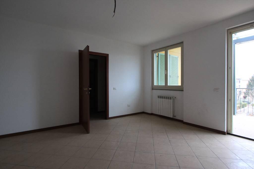 Appartamento in affitto a Treviglio, 3 locali, prezzo € 500 | Cambio Casa.it
