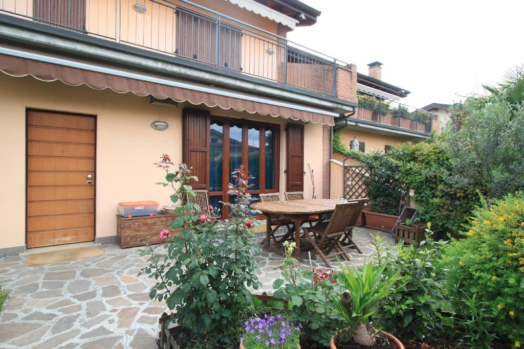 Appartamento in vendita a Brignano Gera d'Adda, 3 locali, prezzo € 170.000 | CambioCasa.it
