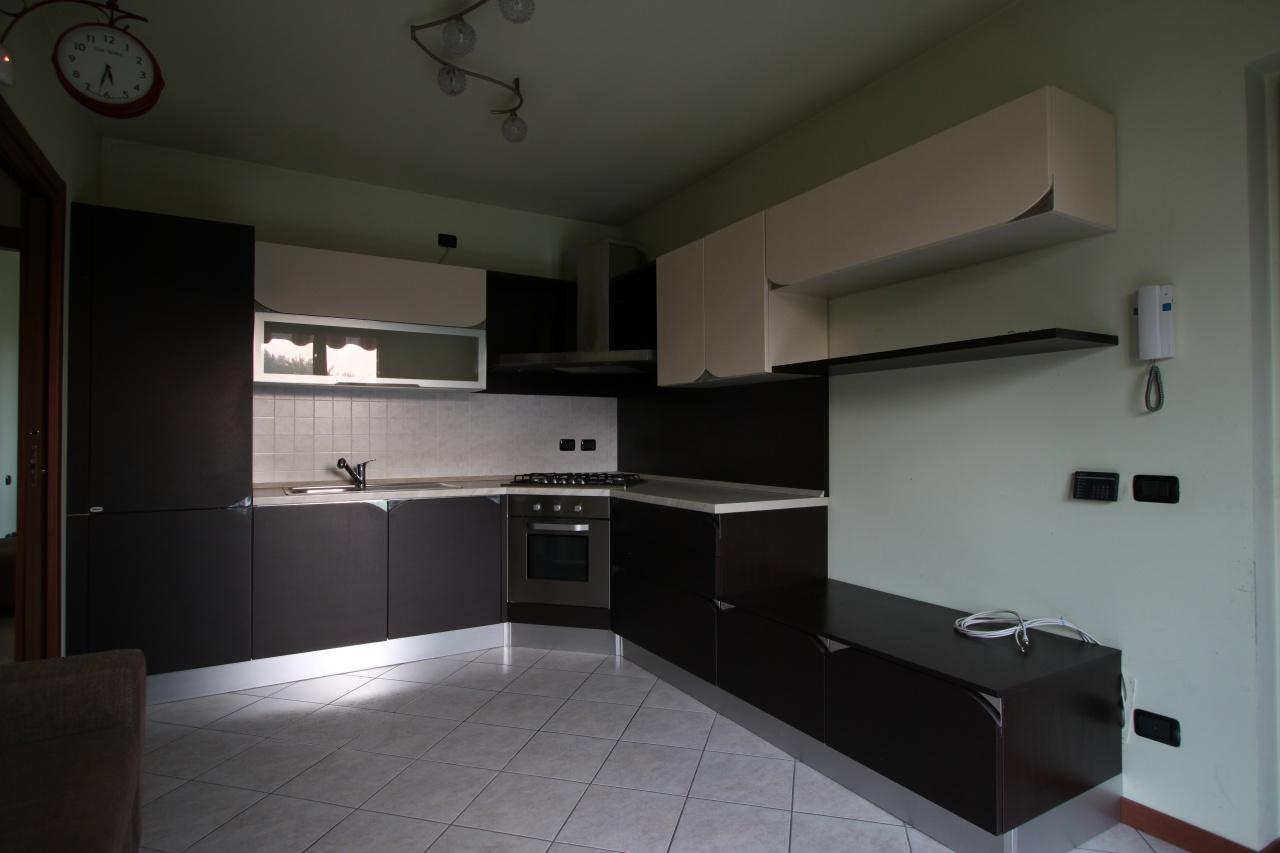 Appartamento in affitto a Pontirolo Nuovo, 2 locali, prezzo € 400 | CambioCasa.it