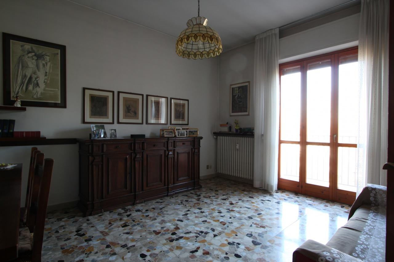 Appartamento in vendita a Treviglio, 3 locali, prezzo € 115.000 | PortaleAgenzieImmobiliari.it