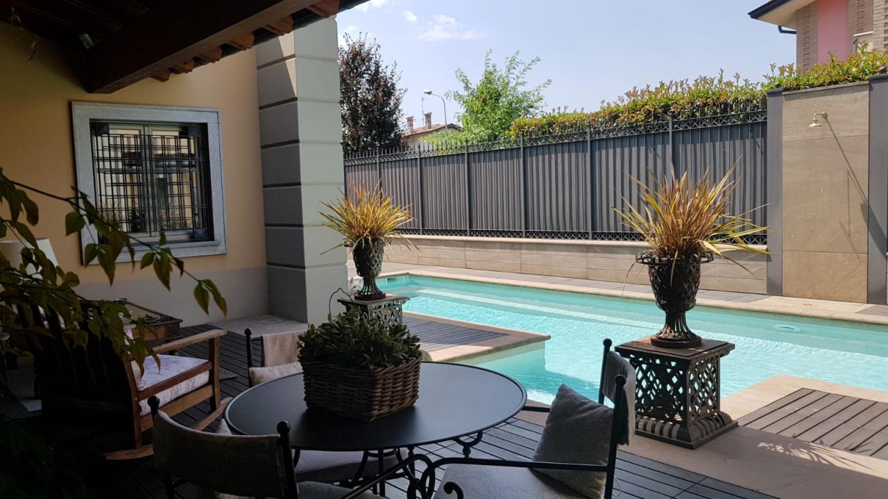 Villa in vendita a Misano di Gera d'Adda, 4 locali, Trattative riservate | PortaleAgenzieImmobiliari.it