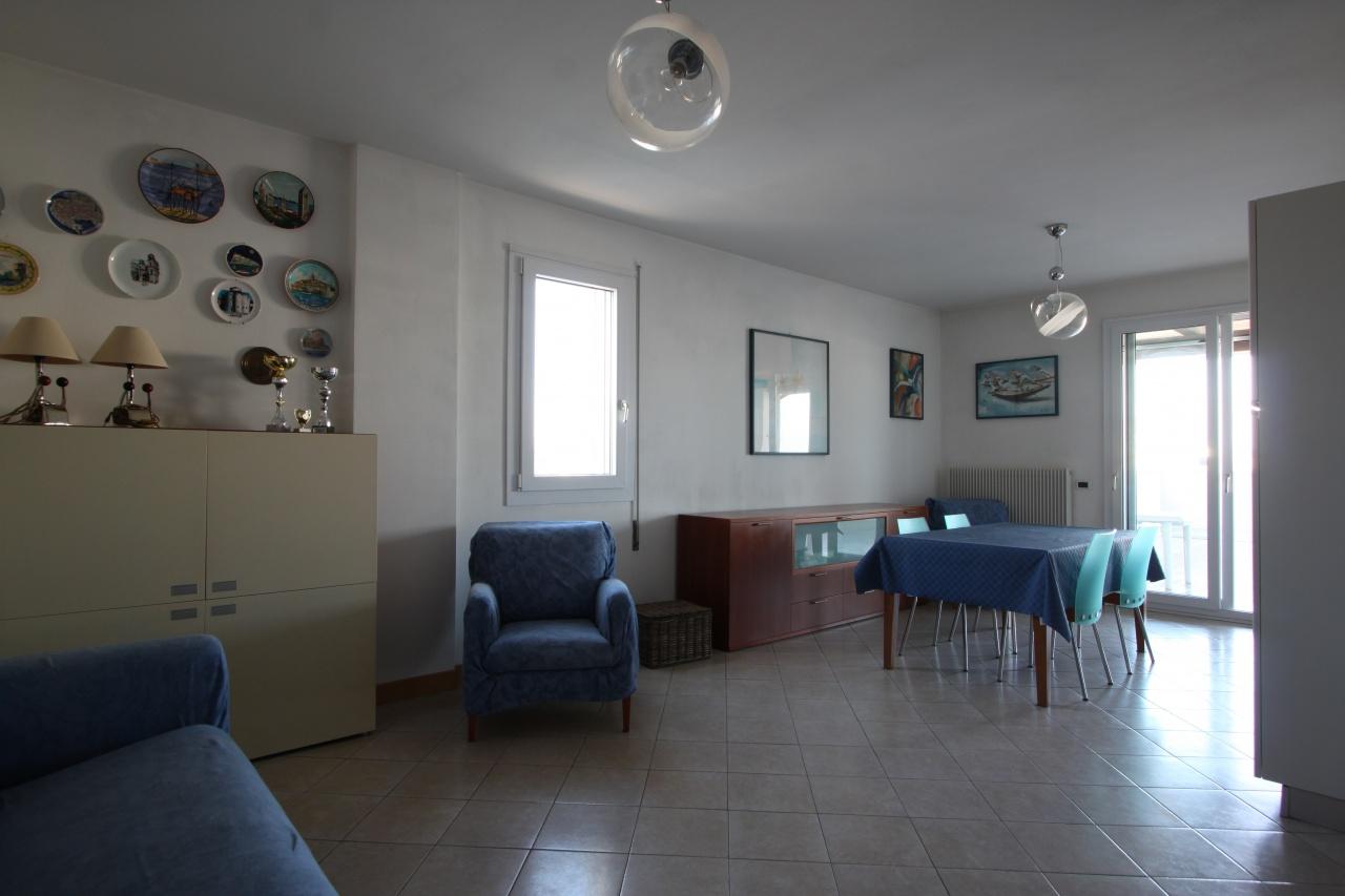 Appartamento in vendita a Jesolo, 4 locali, prezzo € 298.000 | CambioCasa.it