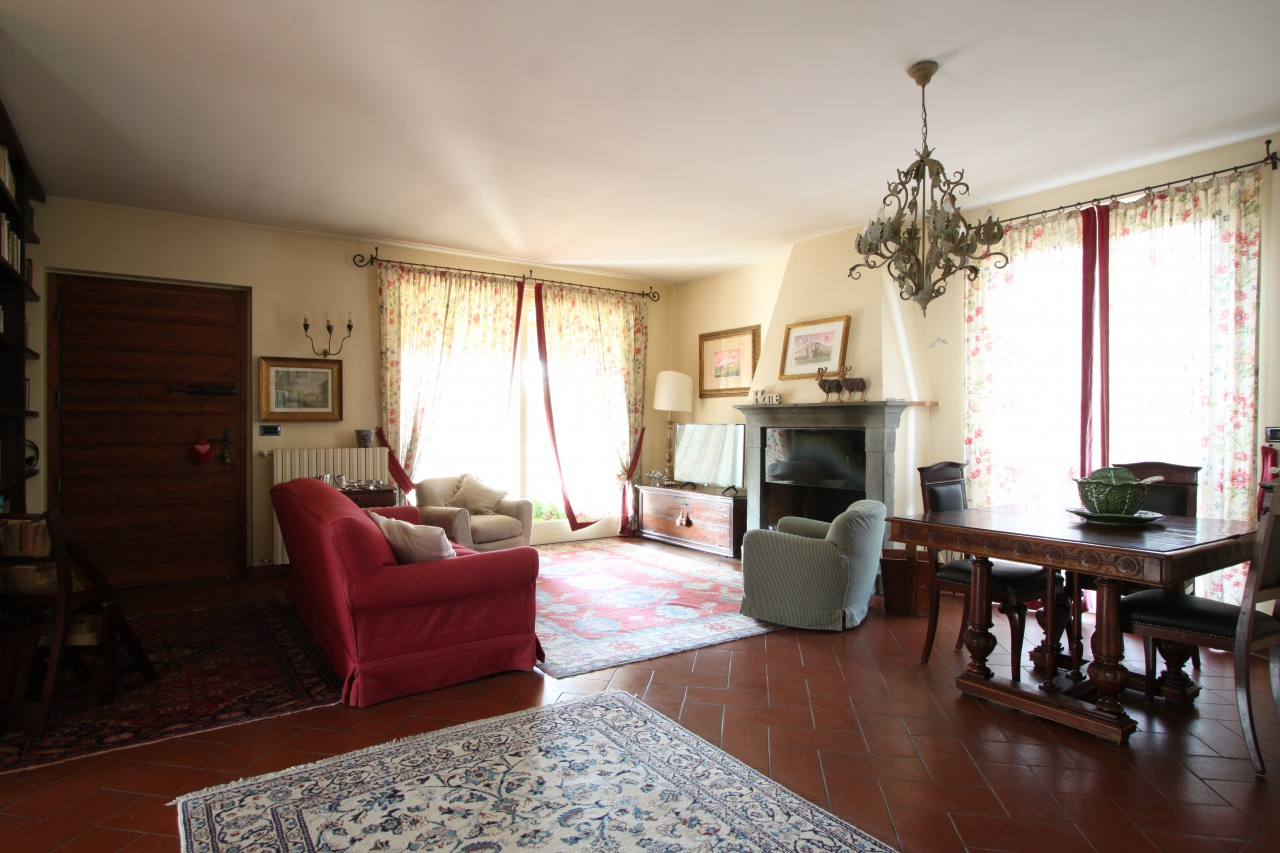 Villa in vendita a Pognano, 4 locali, prezzo € 445.000 | PortaleAgenzieImmobiliari.it