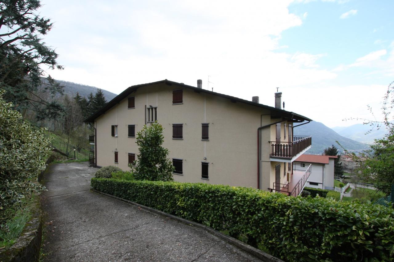 Appartamento in vendita a Albino, 2 locali, prezzo € 40.000 | CambioCasa.it