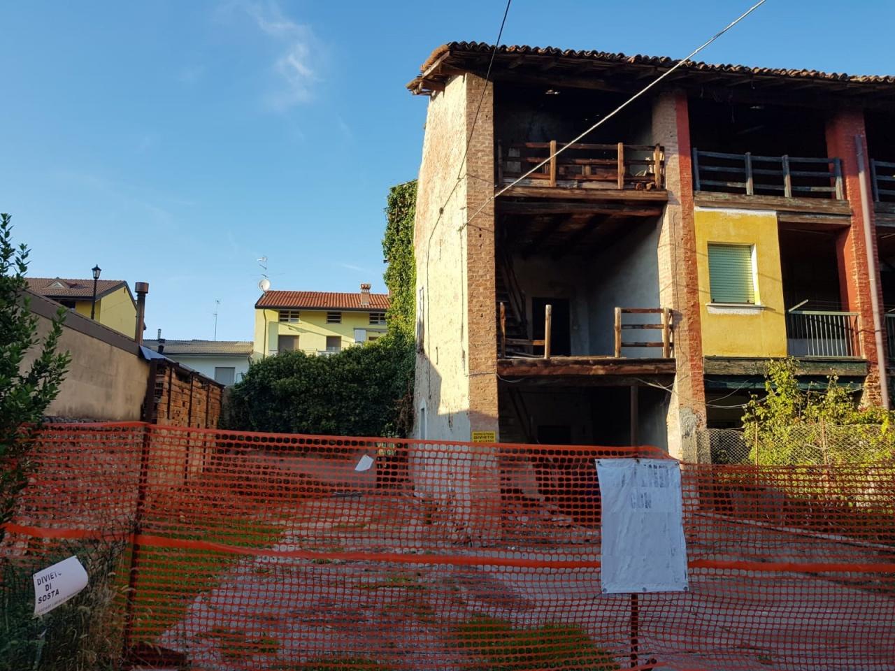 Rustico / Casale in vendita a Caravaggio, 3 locali, prezzo € 39.000 | PortaleAgenzieImmobiliari.it