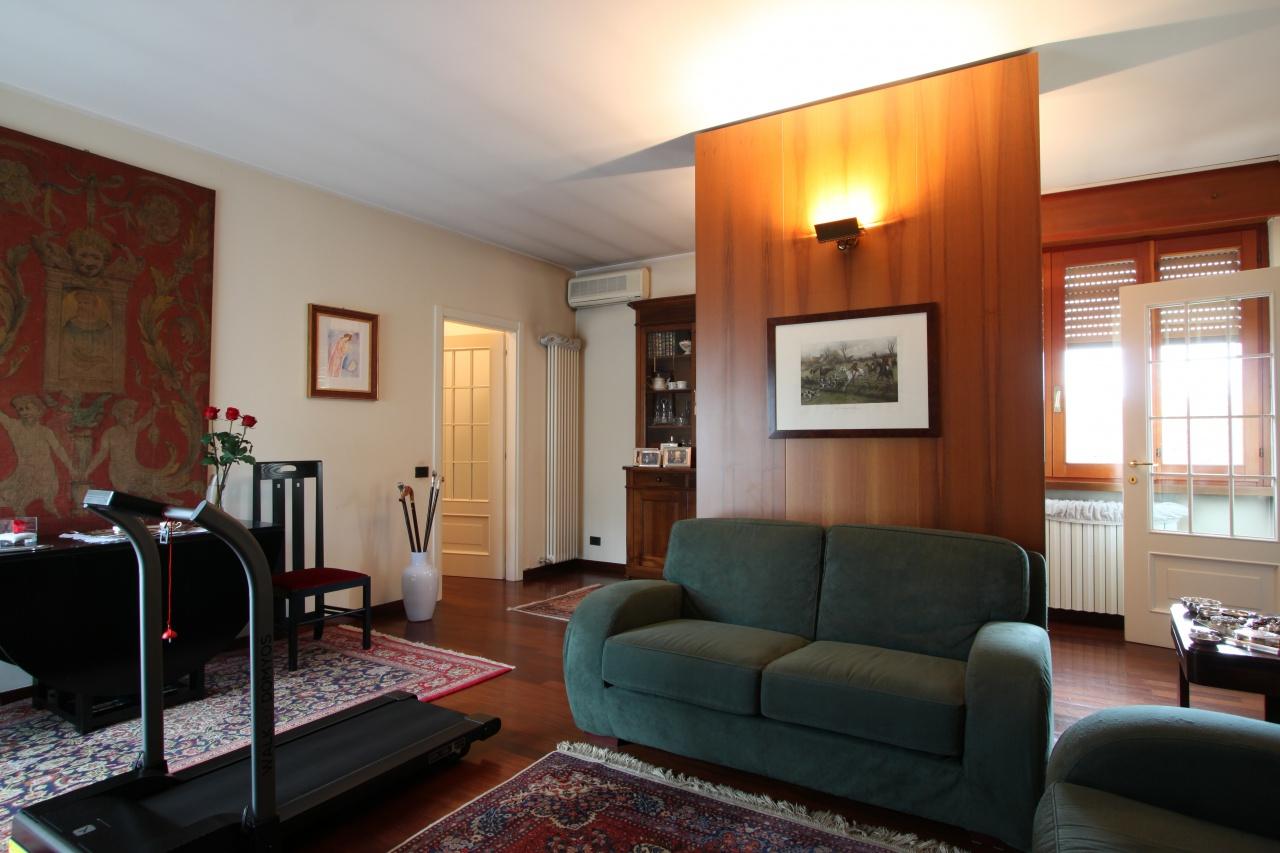 Appartamento ristrutturato in vendita Rif. 11722889