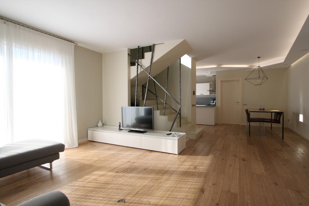 Villa in ottime condizioni in vendita Rif. 12248062