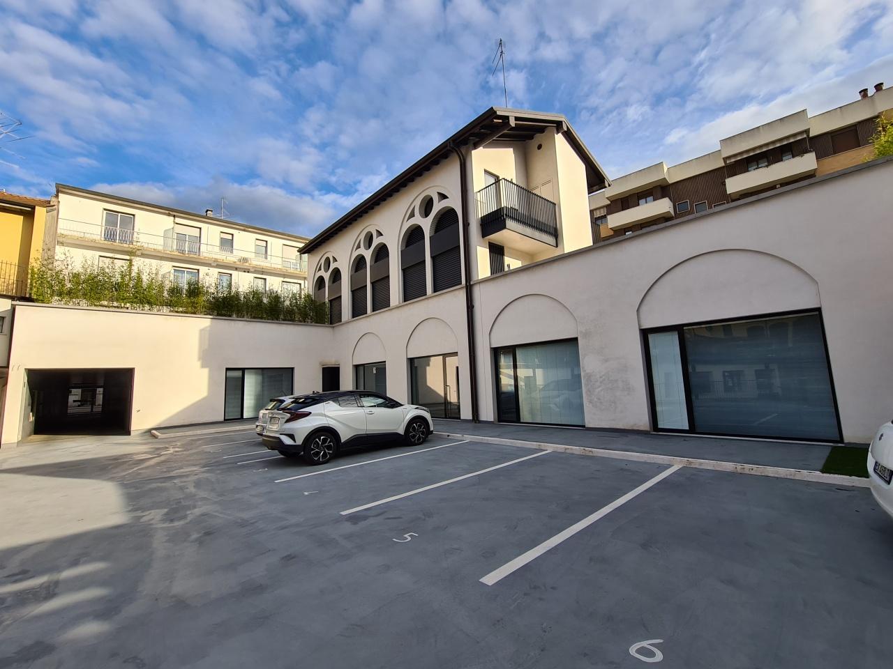 Ufficio / Studio in vendita a Bergamo, 6 locali, prezzo € 690.000 | PortaleAgenzieImmobiliari.it