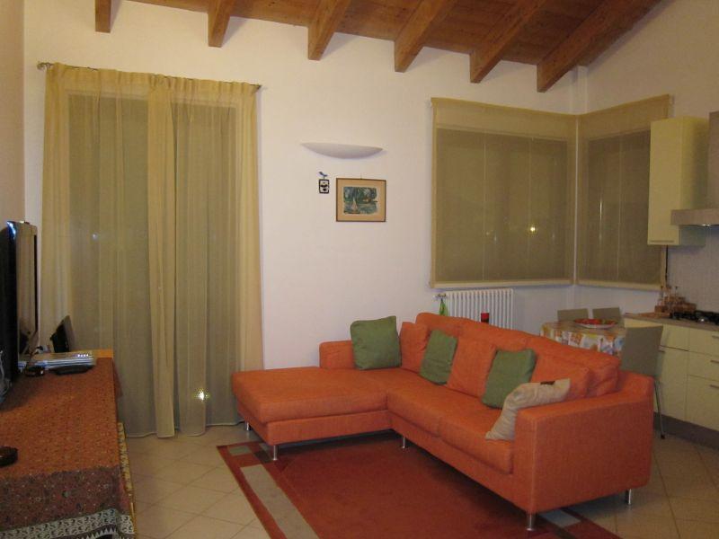 Appartamento in vendita a San Martino Siccomario, 2 locali, prezzo € 137.000 | CambioCasa.it