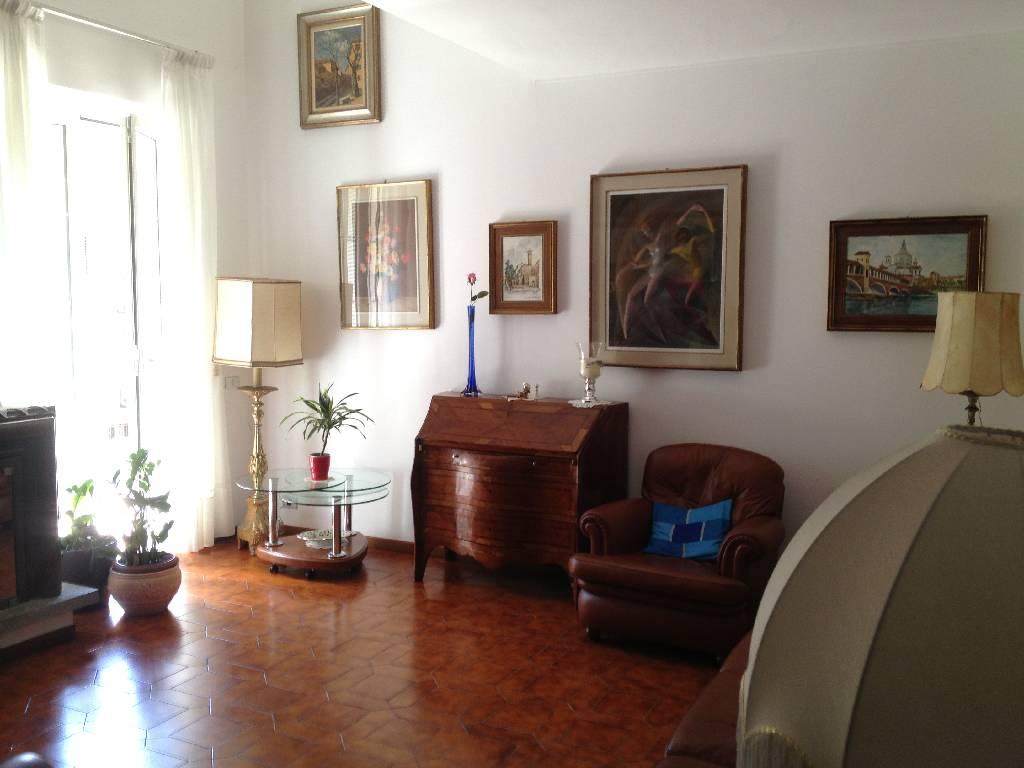 Appartamento in vendita a San Martino Siccomario, 4 locali, Trattative riservate | Cambio Casa.it