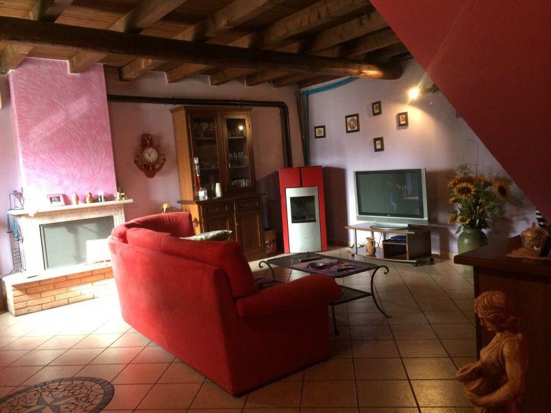 Villa in vendita a Mezzanino, 7 locali, zona Località: Mezzanino, prezzo € 198.000 | Cambio Casa.it