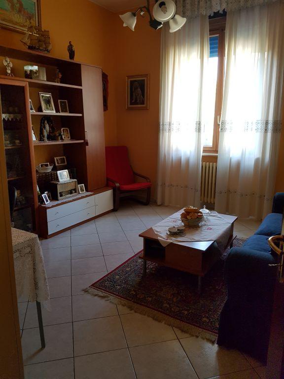 Appartamento in vendita a San Martino Siccomario, 2 locali, prezzo € 115.000   Cambio Casa.it