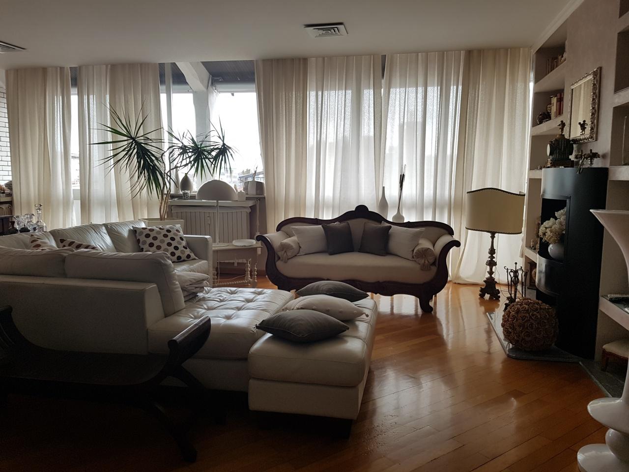 Appartamento PAVIA vendita  CENTRO  BORGO IMMOBILIARE