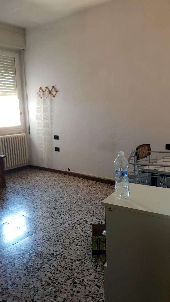 Appartamento PAVIA TASSO250