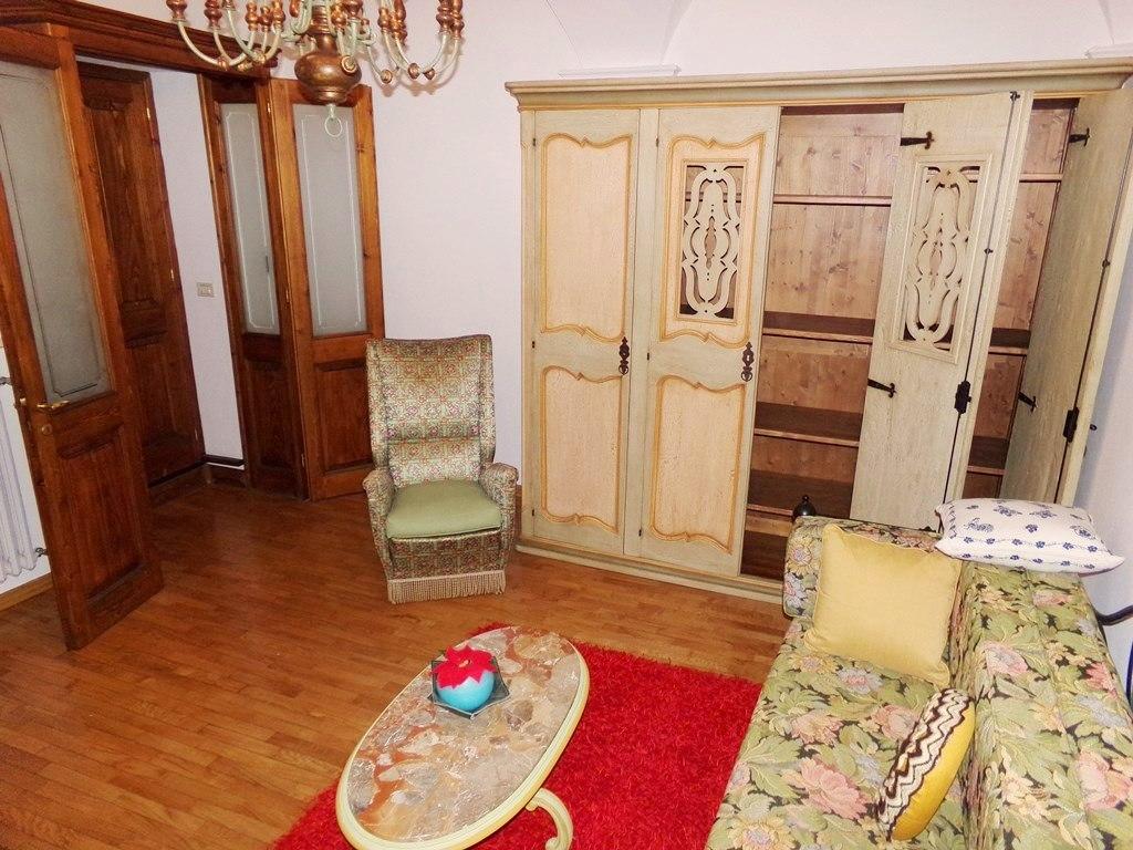 Soluzione Indipendente in affitto a Pieve di Teco, 4 locali, prezzo € 400 | CambioCasa.it