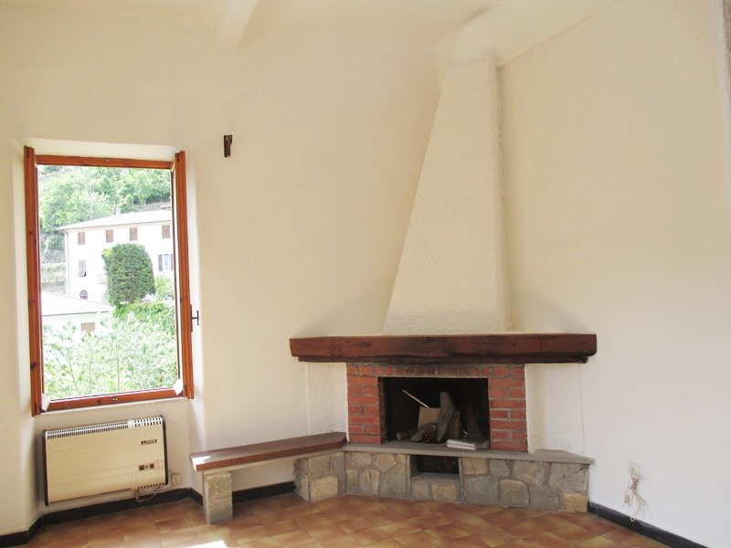 Appartamento in vendita a Rezzo, 2 locali, prezzo € 47.000   CambioCasa.it