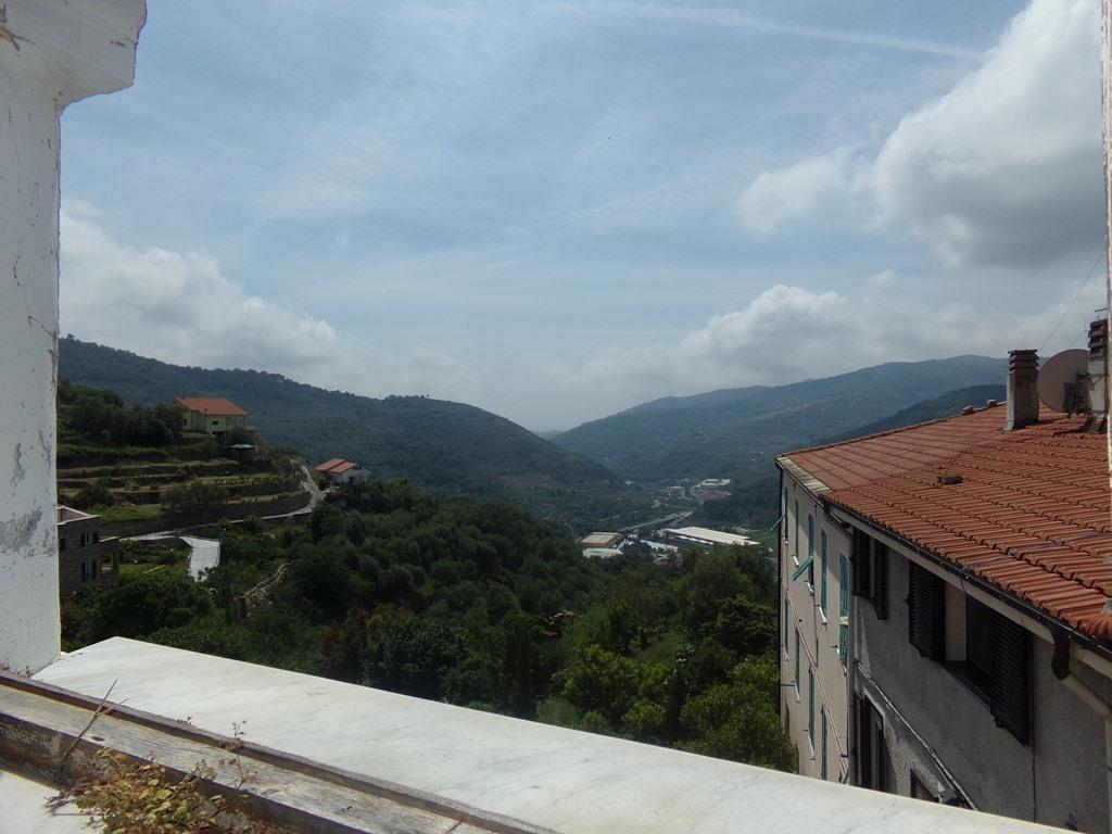 Soluzione Indipendente in vendita a Chiusanico, 6 locali, prezzo € 50.000   PortaleAgenzieImmobiliari.it