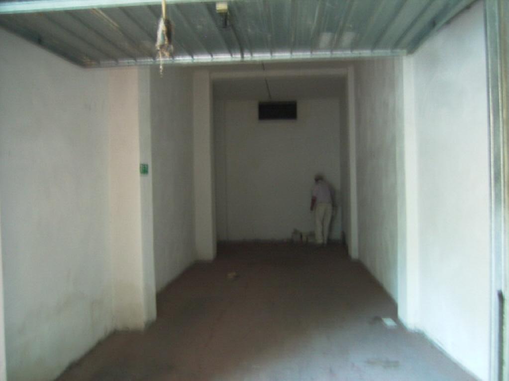 Box / Garage in vendita a Diano Marina, 1 locali, Trattative riservate | CambioCasa.it