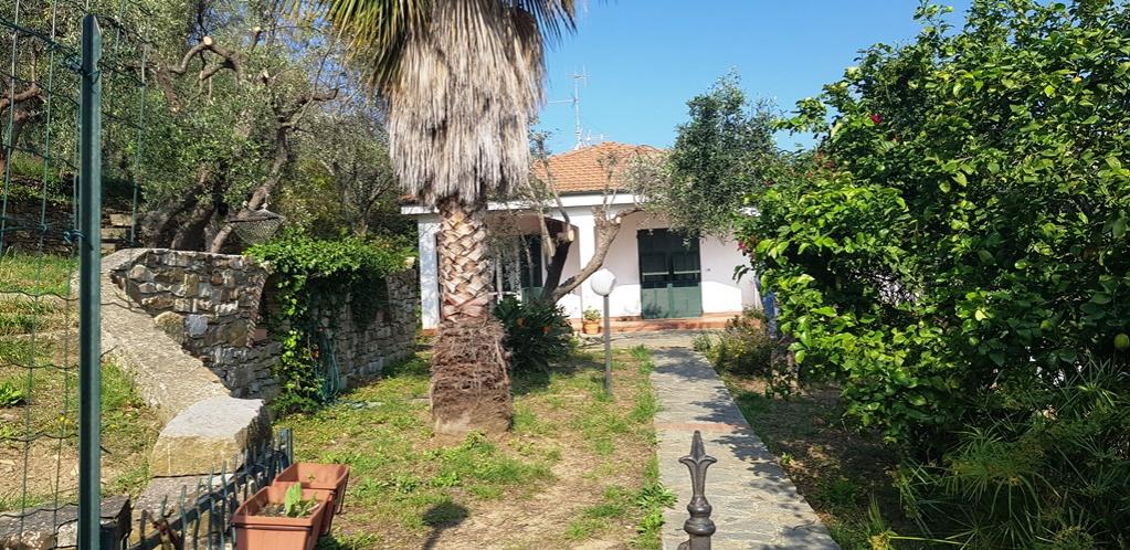 Soluzione Semindipendente in affitto a Diano Marina, 5 locali, prezzo € 980 | PortaleAgenzieImmobiliari.it