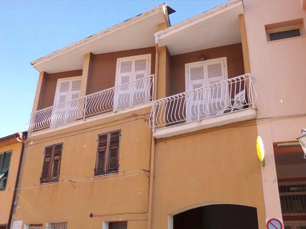 Soluzione Indipendente in affitto a Caravonica, 4 locali, prezzo € 400 | PortaleAgenzieImmobiliari.it