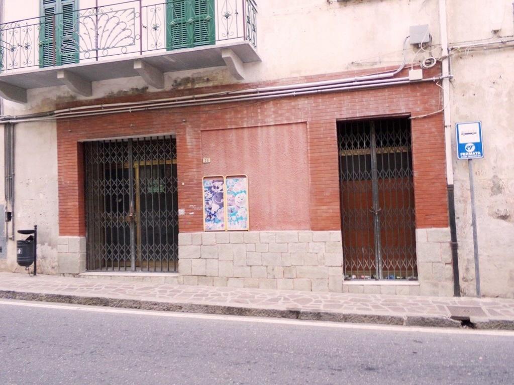 Negozio / Locale in vendita a Pontedassio, 4 locali, prezzo € 75.000 | CambioCasa.it
