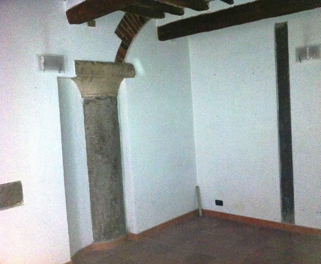 Negozio / Locale in affitto a Pisa, 1 locali, zona Località: S. MARIA, prezzo € 400 | Cambio Casa.it