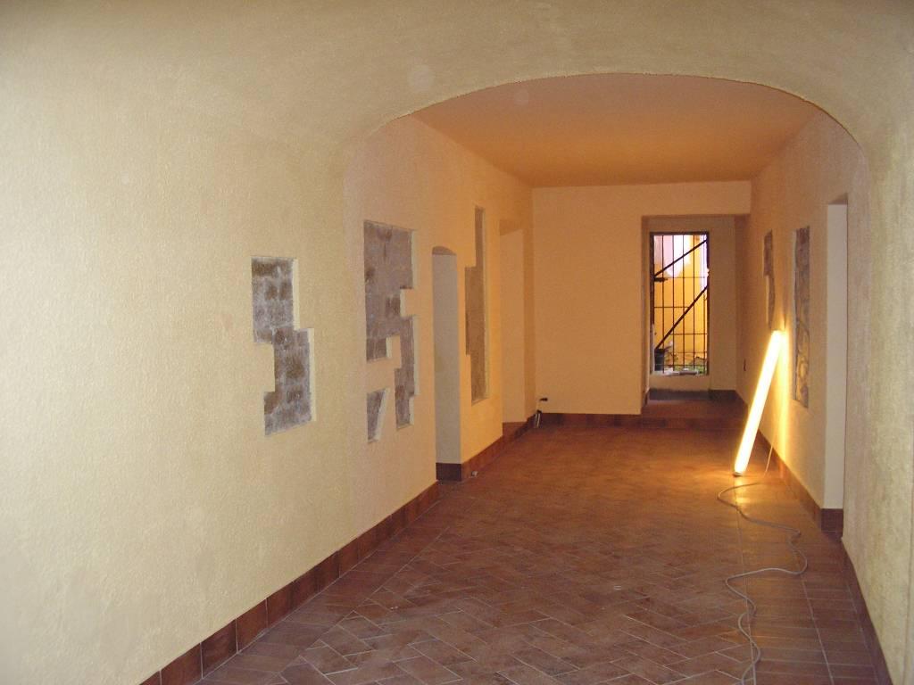 Negozio / Locale in affitto a Pisa, 1 locali, zona Località: S. FRANCESCO, prezzo € 850 | Cambio Casa.it