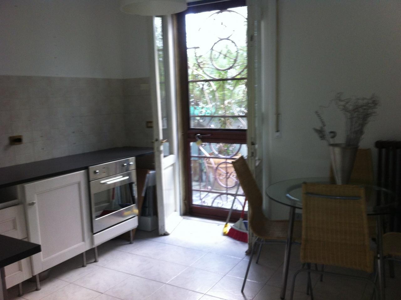 Appartamento in ottime condizioni arredato in affitto Rif. 10723723