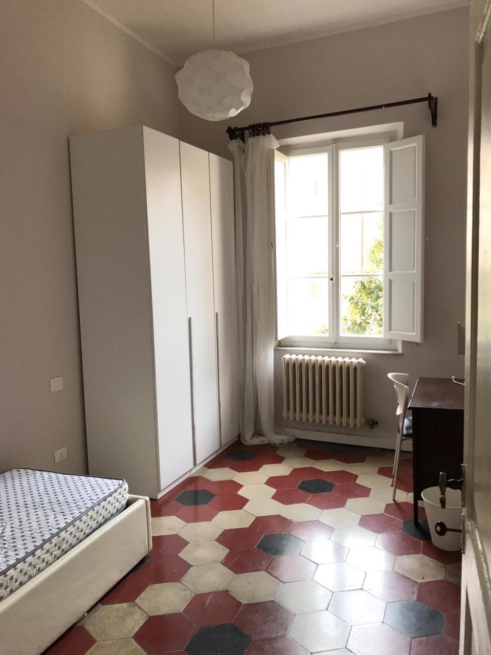 Stanza / posto letto arredato in affitto Rif. 12267133