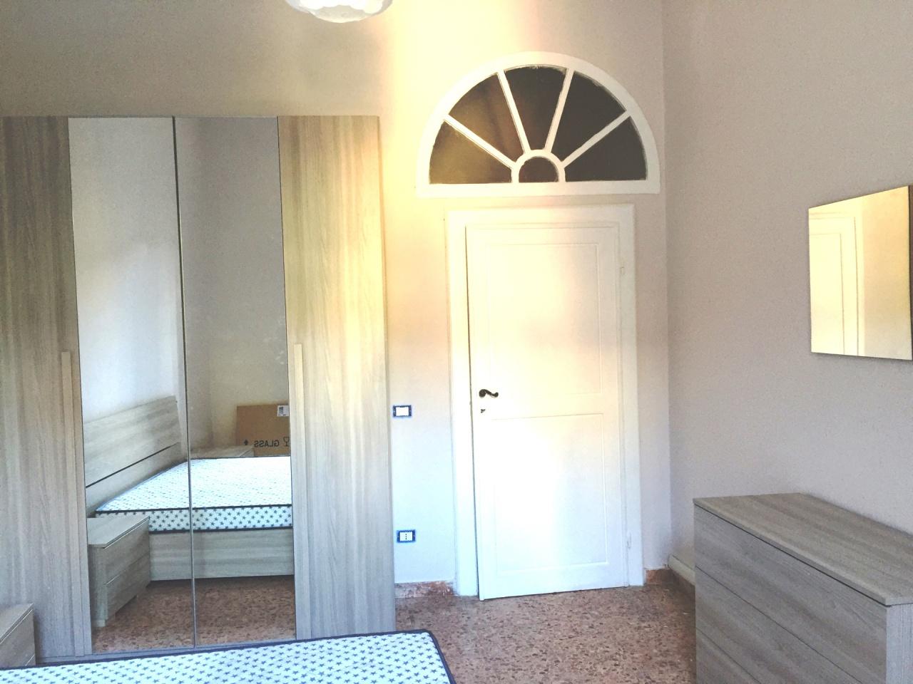 Stanza / posto letto arredato in affitto Rif. 9313050