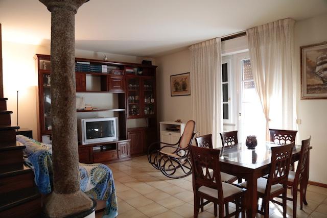 Villetta a schiera in ottime condizioni in vendita Rif. 9636218