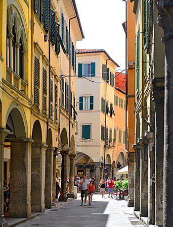 Locale Commerciale PISA B66