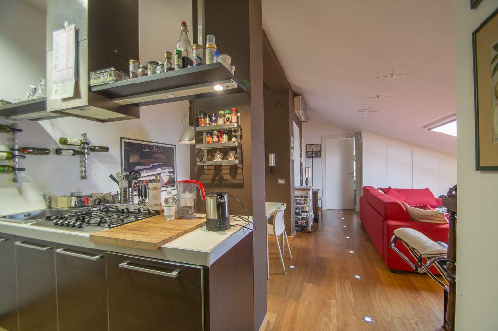 Appartamento in vendita a Piacenza, 2 locali, zona Località: INFRANGIBILE, prezzo € 98.000 | Cambio Casa.it
